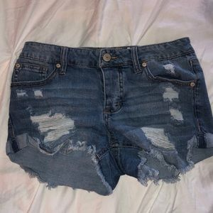 Altr'd State Ripped Jean Short, good condition